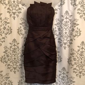 Badgley mischka knee length sheath silk dress